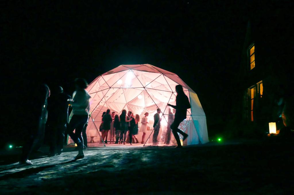 SilcoxHut_Moonbase_night